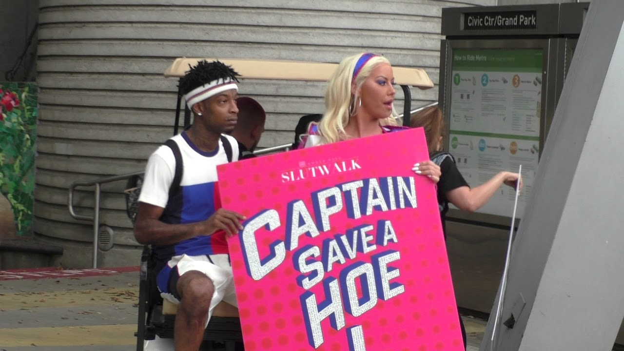 the best attitude 9335e 4a8ed Amber Rose is Captain Save a Hoe at Slutwalk 2017 - Subscribe