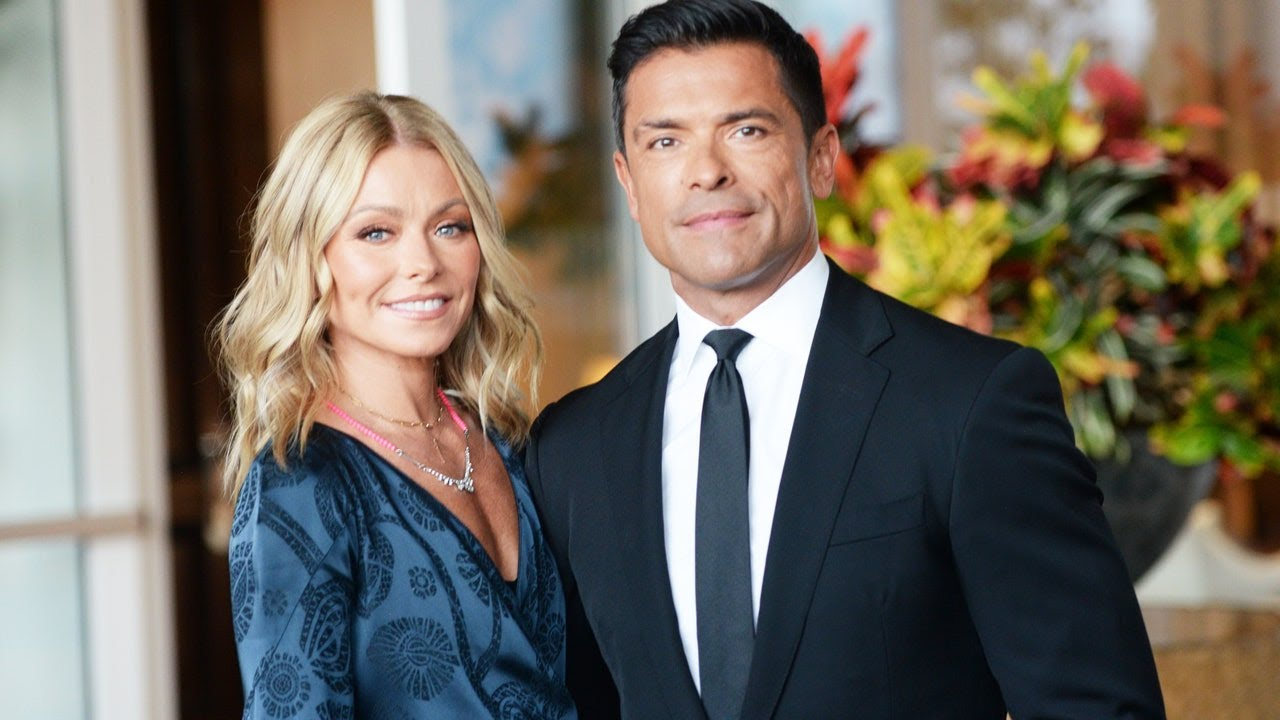 Hello, Kelly Ripa Posted a Photo of Mark Consuelos Staring at Her ...