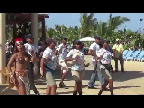Carnival Magic, Amber Cove PORT. Dance by the entertainment.