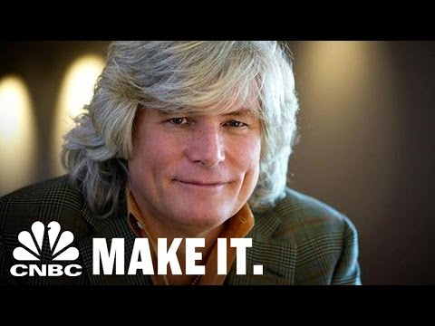 Smashburger Co-Founder: Fill Voids To Impact Oversaturated Markets | How I Made It | CNBC Make It.