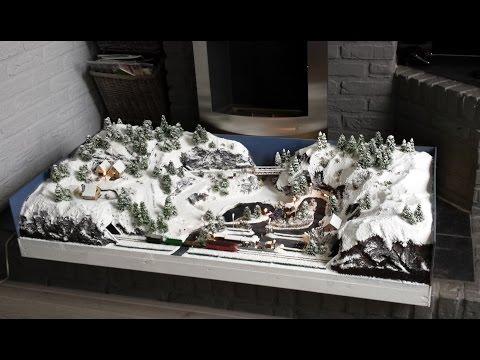 Small Christmas Winter Diorama with Minitrix model train – N gauge 1:160