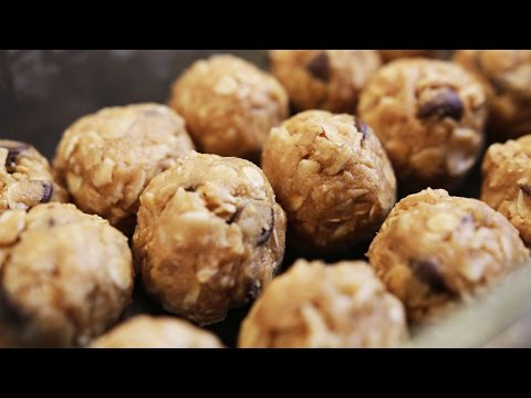 5 Minute Super Easy Protein Power Balls How To