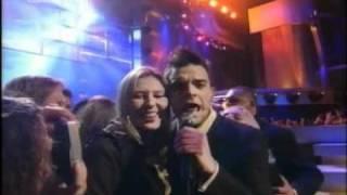 Robbie Williams - Feel (Live Berlin)