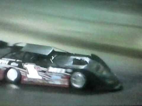 Hesston Speedway 5-26-13 SLM  2nd Twin 38, Last 17 laps