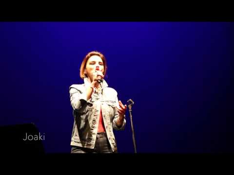 1. Soy Humana -  Chenoa - Ourense (Orense) directo concierto