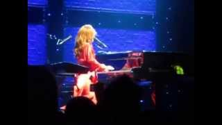 Tori Amos - 16 Shades of Blue (Live in Manchester)