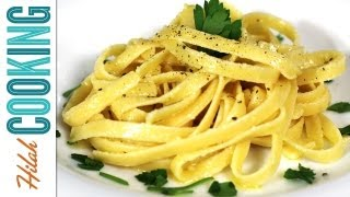 Fettuccine Alfredo Recipe - Easy Alfredo Sauce