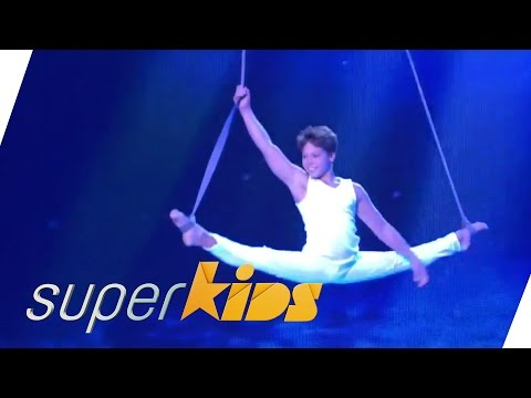 Russian Boy Does Awesome Acrobatics On A Rope | Superkids