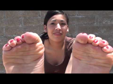 Fatima's gorgeous latina feet