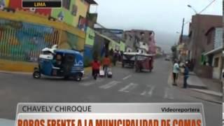 Robos frente a la Municipalidad de Comas