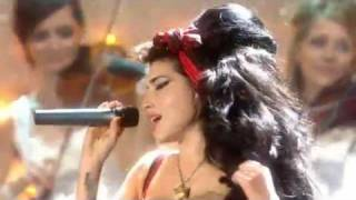Repeat youtube video Adele & Amy Winehouse performing @ The BRIT Awards (2008)