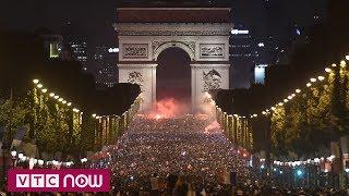 Người Pháp ngất ngây trong men say World Cup | VTC1
