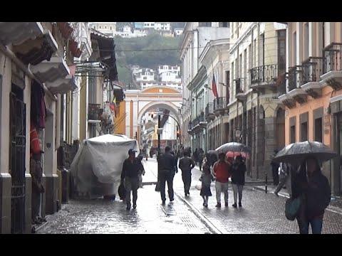 Quito, Ecuador (City Tour & History)