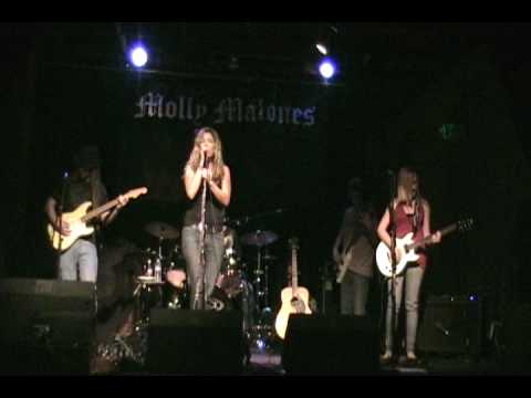 Devon and the Crazy Hearts - Fool Song Live at Mol...