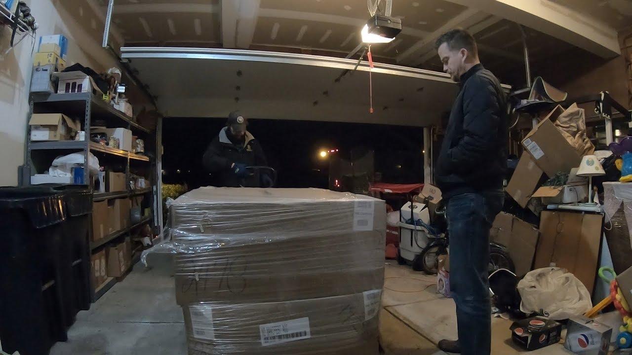 Unboxing a PALLET of Amazon Shoe Returns from Las Vegas