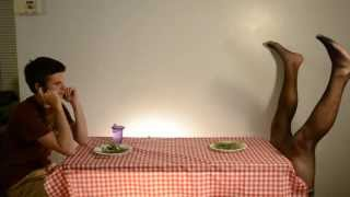 HOW ANIMALS EAT THEIR FOOD (Celebrity Version)