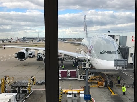 Qatar A380 QR4 London Heathrow - Doha | Flight Experience