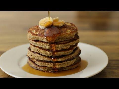 Healthy Banana Oatmeal Pancakes