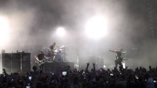 Blink 182 Sydney Soundwave 2013 - Feeling This