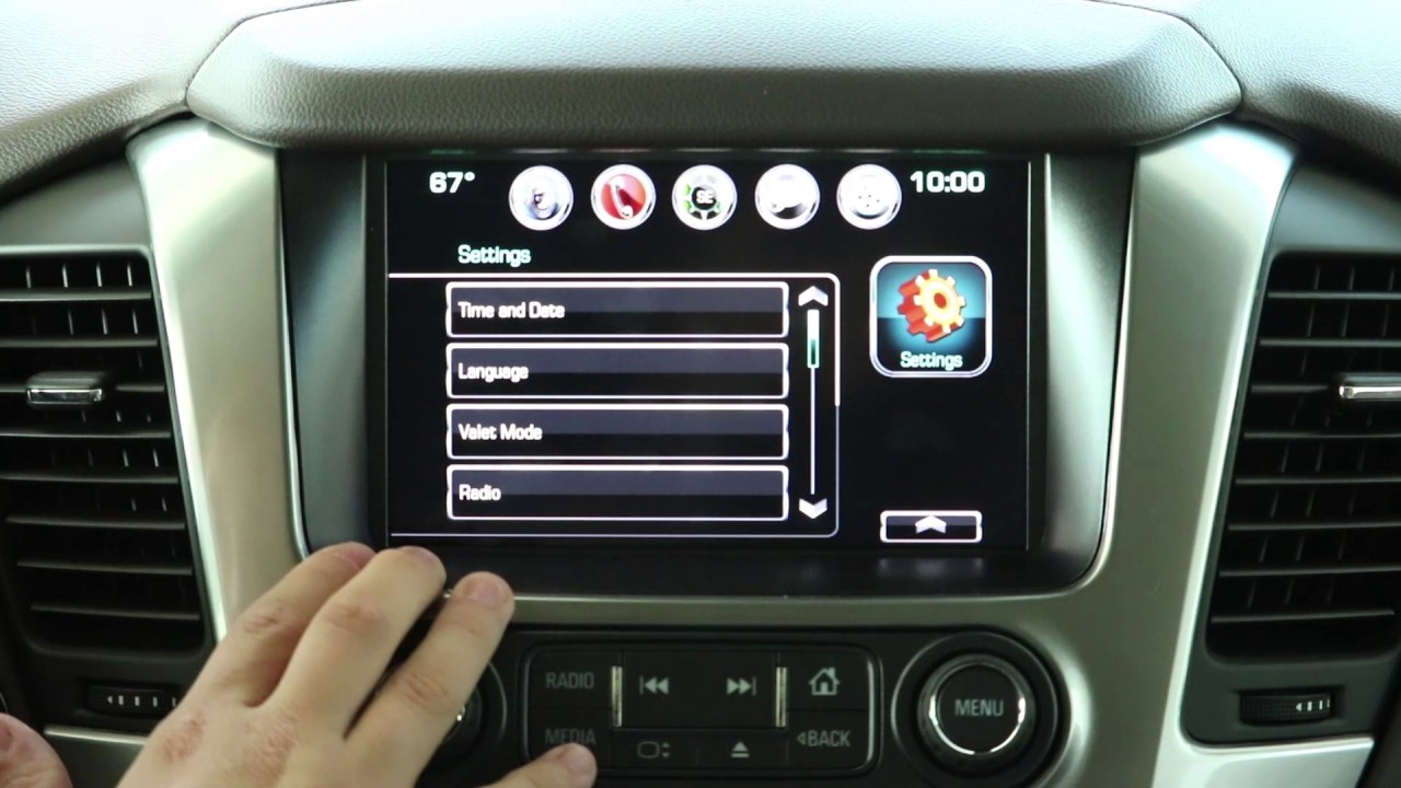How to Use Hidden Screen Compartment - MyLink Tech Series, Sunshine  Chevrolet