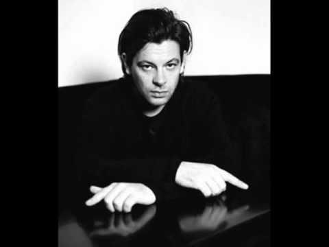 """Benjamin Biolay """"Jaloux de tout"""" (Nico Schindler Remix) 2009 .wmv"""