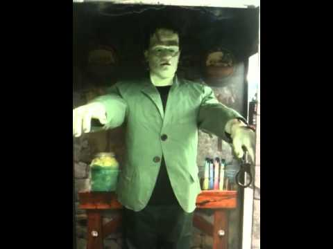 Animated frankenstein halloween decoration youtube for Animated halloween decoration