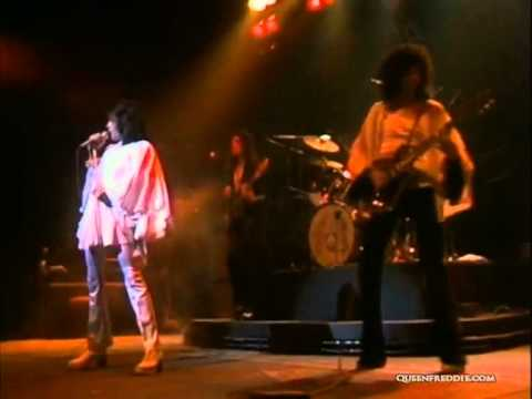 Queen - Now I'm Here (Live At The Rainbow)