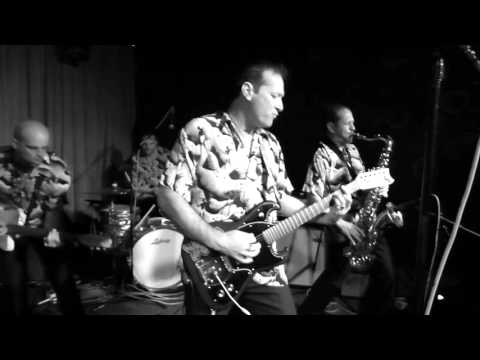 """Swami John Reis and The Blind Shake """"Over The Falls"""" Live At Bar Pink"""