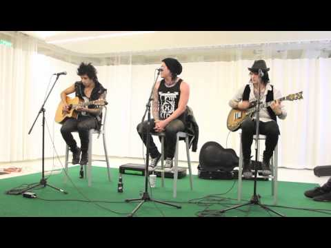 Escape The Fate - Picture Perfect - Acoustic Live Unplugged Version - Connor