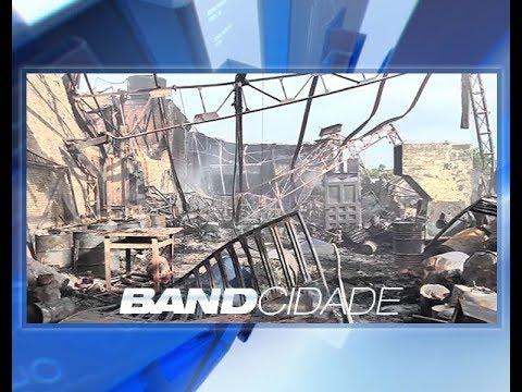 Grande incêndio destrói galpão no Distrito Industrial de Manaus