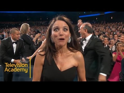 Emmys 2015 | Veep Wins Outstanding Comedy Series