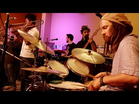 Live Funky Afrobeat & Roots Reggae Grooves: Micah Shalom & The Babylonians - Michaux TV