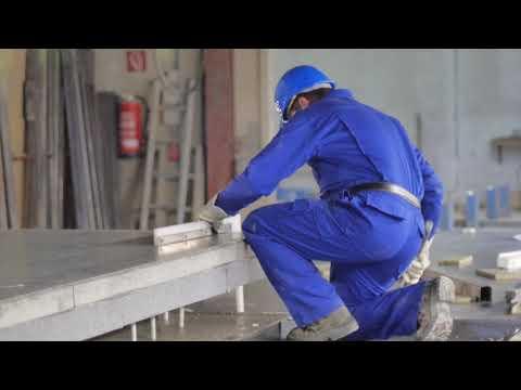Façade en béton à isolation intégrée avec Schöck Isolink®
