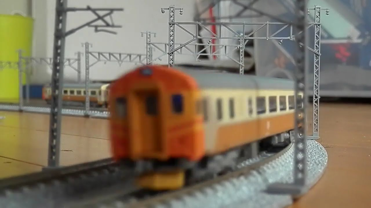2016.09.25 - Nゲージ(鉄道模型) 臺鐡E300+SP20000型「復興號」&臺鐡EMU100型「自強號」 - YouTube