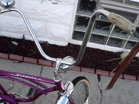 1965 Schwinn Deluxe Stingray Bicycle thumbnail