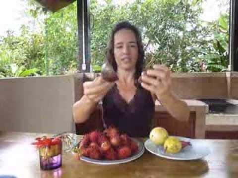 The Naked Grape! Mamon Chino (Rambutan), Passion Fruit and pink bananas from Costa Rica