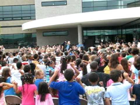 Kids singing at Luis A Ramos Elementary School Dedication - Allentown, PA - June 10, 2010