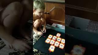 Играем с Егором в хорошую игру трансформер бакуган.