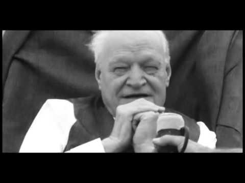Pasolini intervista Ungaretti: che cos'è la normalità?