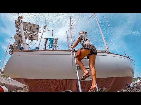 SAILBOAT Dry Dock | THIS Is What Happens When Your Old Girl Sits On The HARD Ep.93