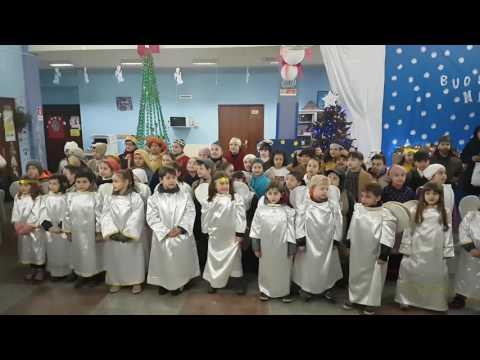 Recita di Natale 2016 - canto bambini 1