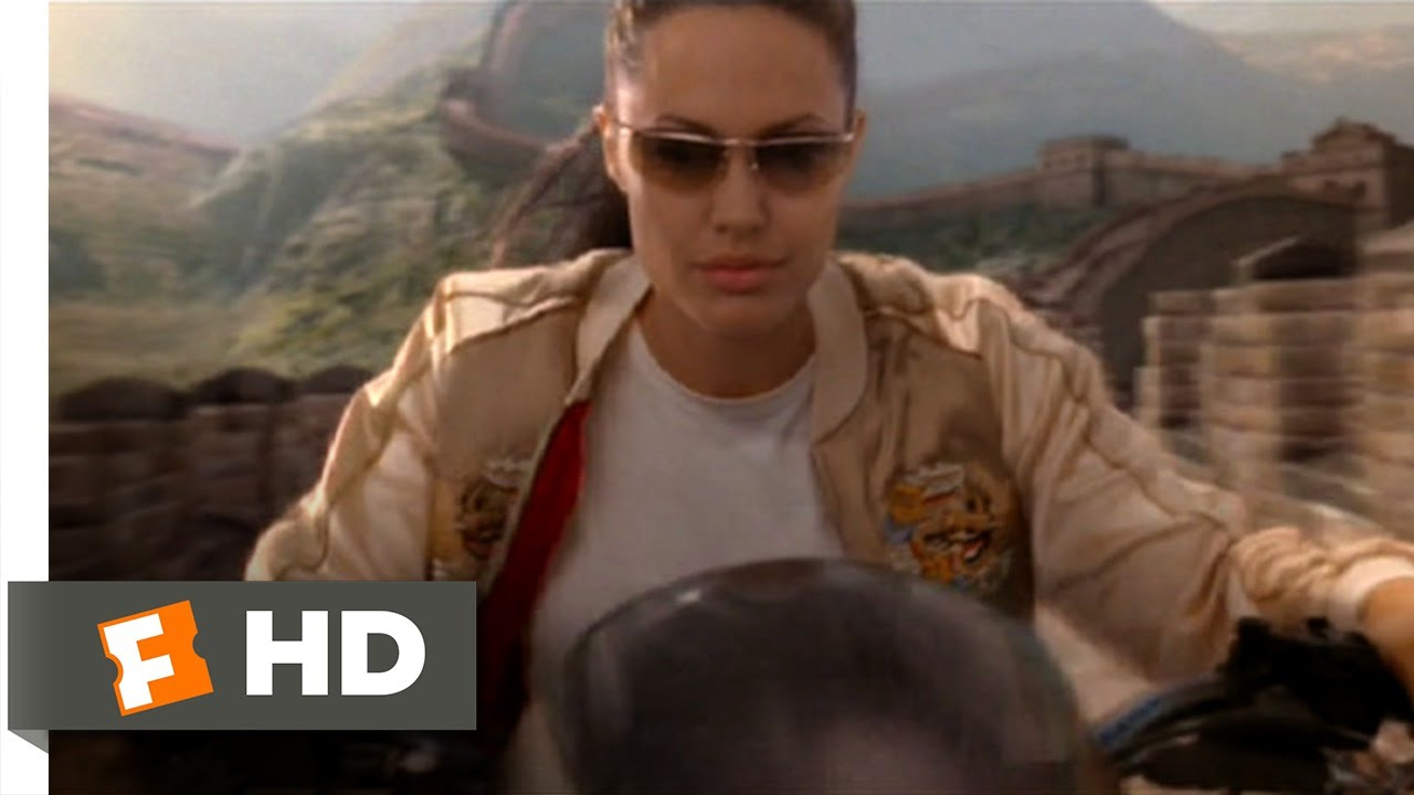 Lara Croft Tomb Raider 2 2 9 Movie Clip Riding The Great Wall