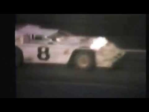 1985 races at Dakota State Fair Speedway #7 late model main event