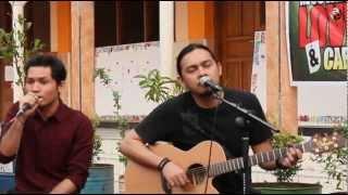 Tak Ada Yang Bisa ( Version Acoustic ) - Andra And The Backbone