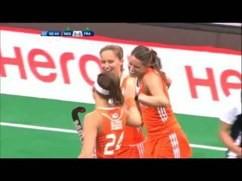 Lidewij Welten, the best goals of the 2015 best female player!