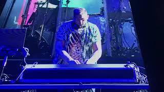 Download ITZY Dalla Dalla Shown Up In Maroon 5 Concert in SG Mp3