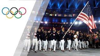 Michael Phelps leads team USA as flag bearer