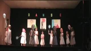 Spectacle de Danse 2014 - Groupe Petits - Familles Rurales St Pierre des Nids