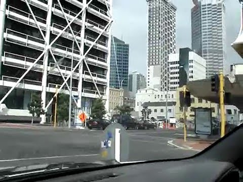 Auckland City New Zealand - sunday's drive