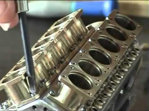 Động cơ V12 dành cho Siêu xe Bugati Veyron mini :)